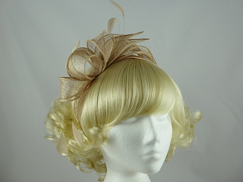  Wide Loops & Leaves Fascinator